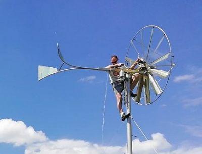 Dwa wiatraki ocynkowane - instalacja w miejscowości Wola Rakowa